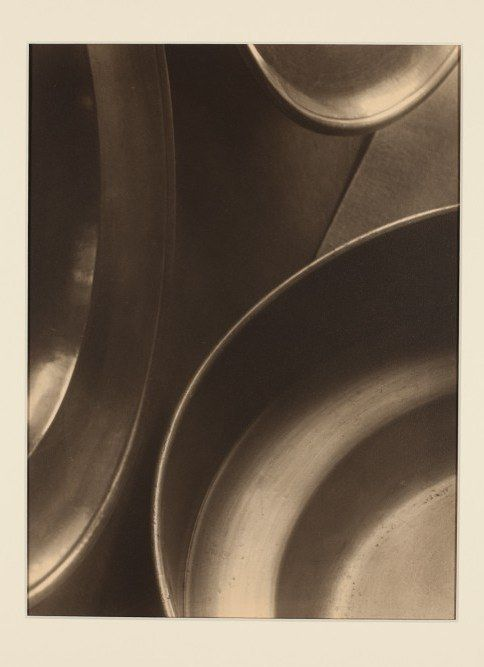 Jaromír Funke : Still-Life with plates (1925) #photography #art #Czechia