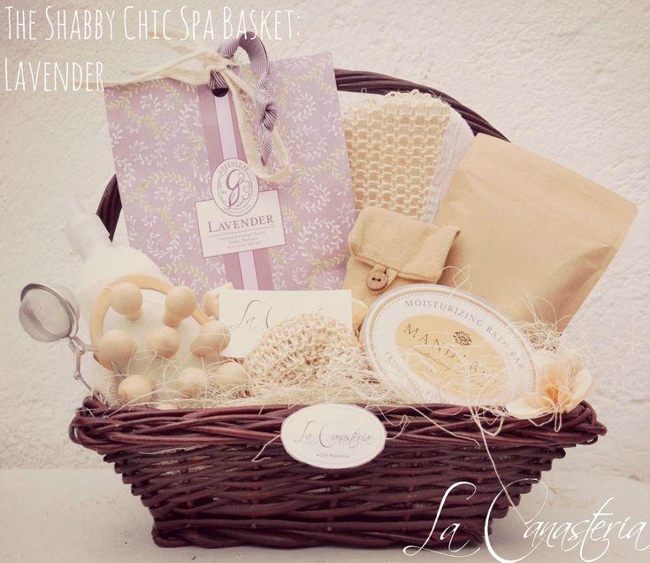 The Shabby Chic Spa Basket: Lavenderes una elegante canasta de regalo para mujer con un set delicioso de spa con productos finos de importación para consentir como nunca a mamá! Incluye hermoso ja…