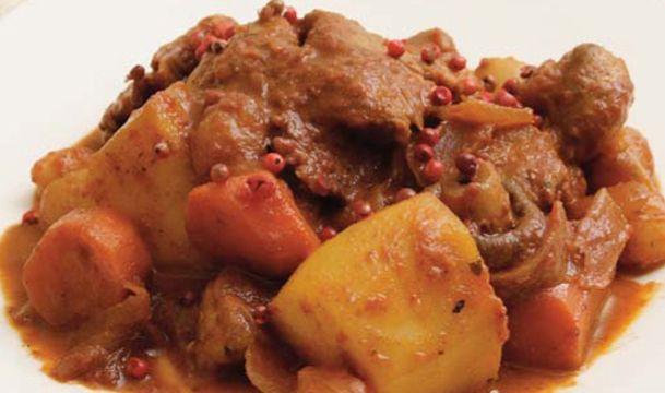Μοσχαράκι γιαχνί ένα από τα καλύτερα κυριακάτικα φαγητά