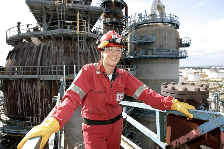 ExxonMobil Fawley site - This year\u0027s Process Technicians learn to