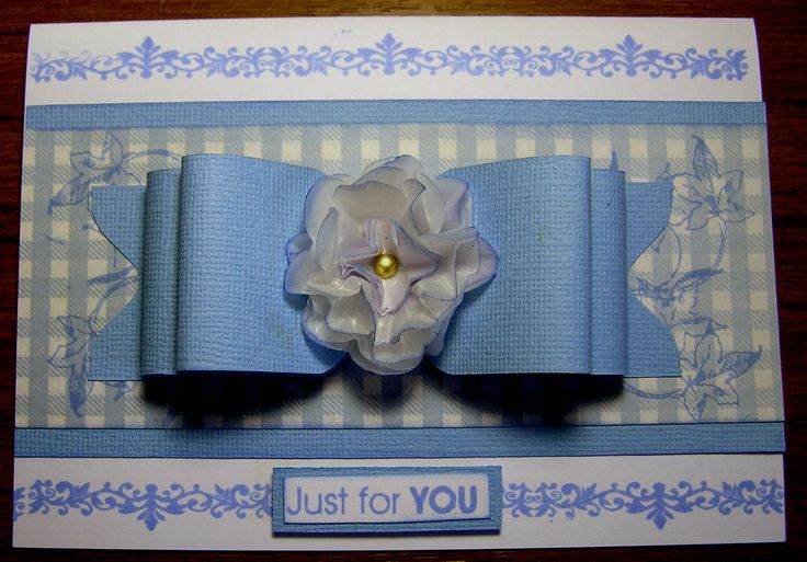 Bow card made with WRMK Envelope Punch Board
