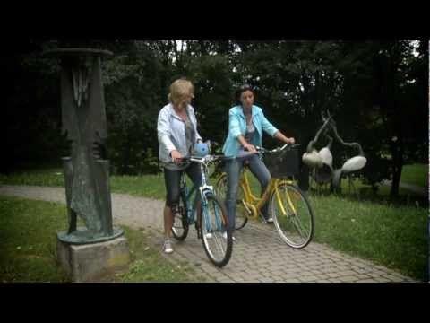 Ewa Wachowicz testuje rowery Reebok.   Wyłączny dystrybutor BACHA SPORT