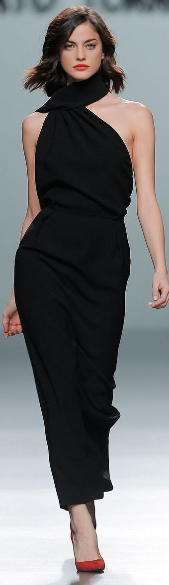 ill take the dress only. Roberto Torretta....loue dress or pant suit, clean simple sultry loue shoes for sure and loue the collar and scarf part loue that its high on one side of shoulders and lower on other
