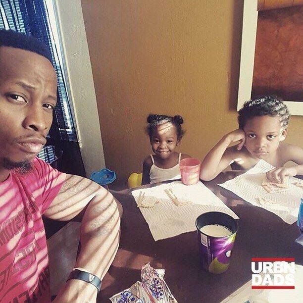 #Repost @vizionlife  Talking business this morning with my little ones over pop tarts and milk #daddyduties  #MOTIVATION #SHREDDED #FITNESS #BODYBUILDER #AESTHETICS #GAINS #FIT #HEALTH #GOALS #BEASTMODE #WFBB #PUMP  #GYMLIFE #MUSCULAR #FITFREAK #FITFAM #EBONYFITNESS #BEASTMODE #IRONADDICTS #BLACKFATHERS #NUTRITION #FITSPO #HEALTH  #SHREDDED #MUSCLE #ARMS #DEDICATION #PHOTO #blackfathers #urbndads