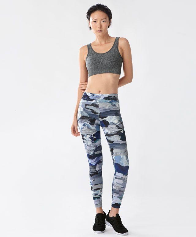 Dağ temalı sportif tayt - Taytlar - Oysho online mağazada kadın modasında Sonbahar Kış 2016 trendleri. İç çamaşırı, pijamalar, spor giyim, ayakkabılar, aksesuarlar, korseler, plaj giyimi ve mayo & bikiniler. Bütün kadınlar için stiller!