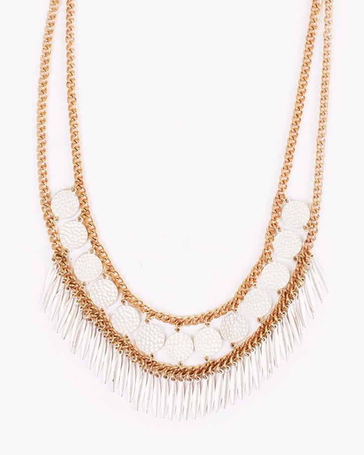 Doppia catena con d'oro con tonalità di bianco