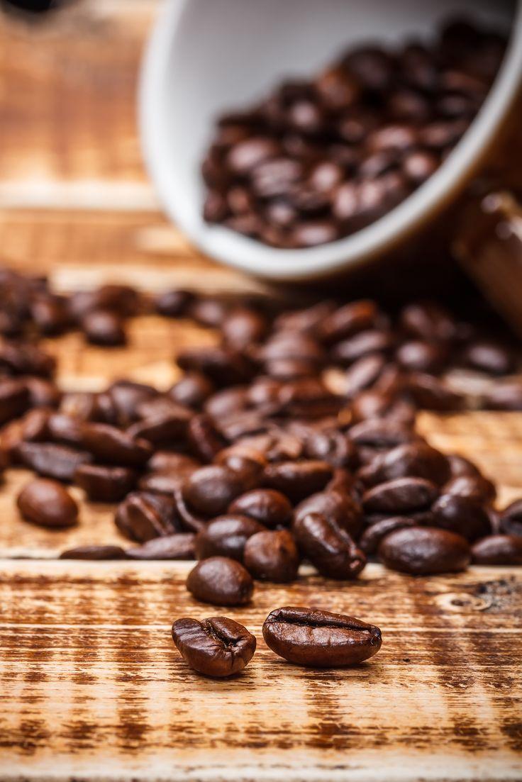Coffe Beans #CoffeBeans #coffebeans #strongcoffee #cup #blackcoffee #roastedcoffee #groundcoffee #foam #bitter #delicate #nippy #kopi24 #kopihitam #bijikopi #simende #palembang #v60 #Coffee #coffeshop #coffeetime #specialtycoffee #winter #barista #baristafan #baristatime #farm #ejecafetero