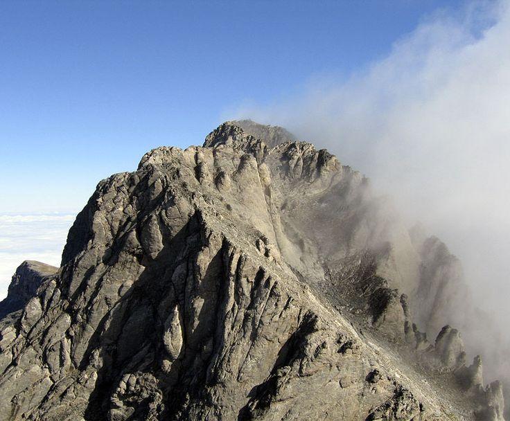 A mais alta montanha da Grécia, o monte Olimpo, em foto de 2005, onde os gregos antigos acreditavam ser a morada dos Doze Deuses.