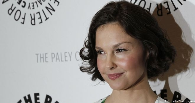 ashley judd essay daily beast Honk your horn if you love ashley judd  she addresses them in a beautiful five point essay  i'm not just here to send you over to the daily beast.