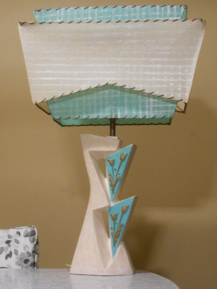 "Mid Century Atomic Retro Lamp three tier fiberglass Shade Rare rectangle Shade (20.5""W x 8""D x 29""H) asking abt $200 or offer 2/2/2015"
