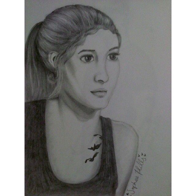 """Beatrice """"Tris"""" Prior #art #Divergent"""