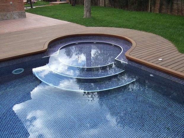 M s de 1000 ideas sobre piscina redonda en pinterest for Piscina 4 esquinas