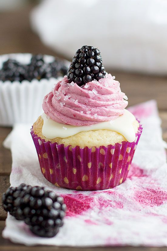 Blackberry White Chocolate Cupcakes - Cupcake Daily Blog - Best Cupcake Recipes .. one happy bite at a time!