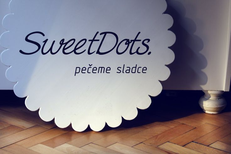 SweetDots. Logo, corporate and showroom interior Praha letná