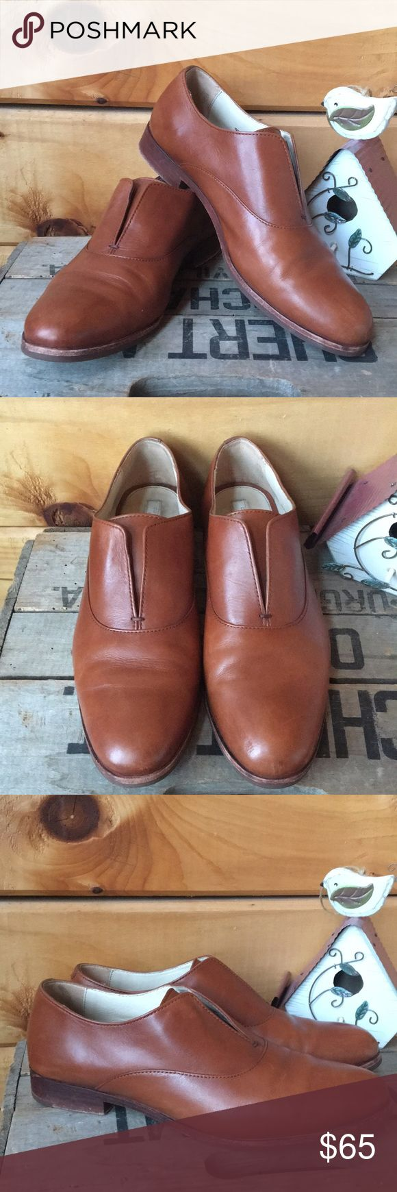 Cole Haan Oxford Brown laceless slip on Oxfords in great used condition. Cole Haan Shoes Flats & Loafers