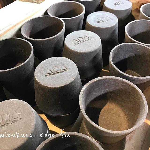 【mizukusakobofin】さんのInstagramをピンしています。 《ADA陶製ポット在庫あります。サイズは2種類です #水草工房fin #水草#グリーン#アクアリウム #有茎草 #赤系水草 #水草の森#トリミング #ADA #アクアデザインアマノ #90㎝水槽#水槽 #水草レイアウト #水草レイアウト水槽 #流木 #石組  #ADA300ITEMSHOP#水草女子#水草水景#ネイチャーアクアリウム#水景#アートアクアリウム#水景アクアリウム#ネイチャー》