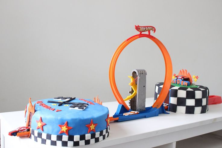 Changs and Changes: And another Hot Wheels Cake...                                                                                                                                                      More