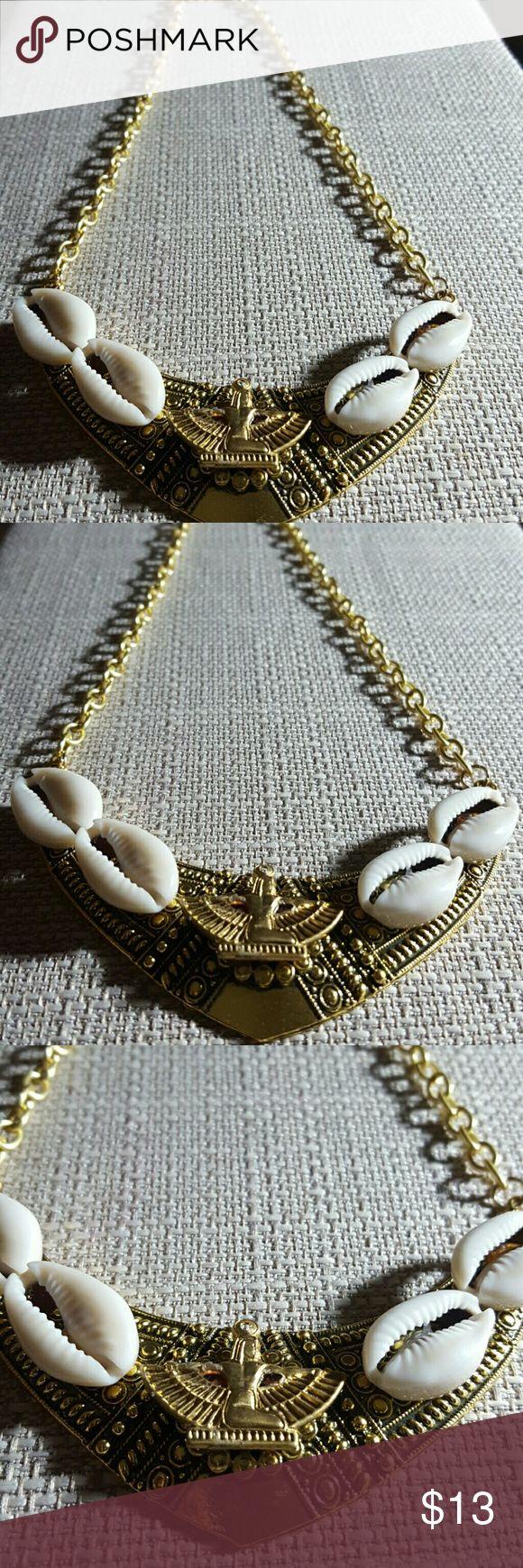 Ancient Egyptian Matt cowrie shells necklace Ancient Egyptian Matt cowrie shells necklace Jewelry Necklaces