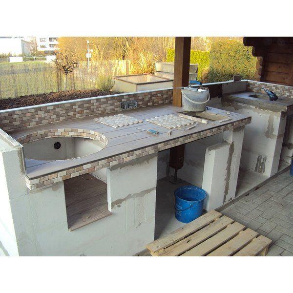 Outdoorkuche Gemauert Mit Gasgrill Und Monolith Grill Outdoor Grill Kuche Outdoor Kuchen Ideen Grill Kuche