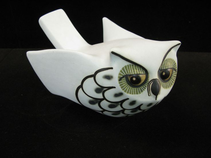 """STRAWBERRY HILL POTTERY MAD OWL 8 3/8"""""""