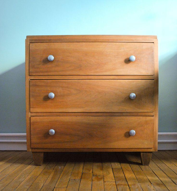 48 best mobiliers vintage images on pinterest black backgrounds conkers and fit. Black Bedroom Furniture Sets. Home Design Ideas