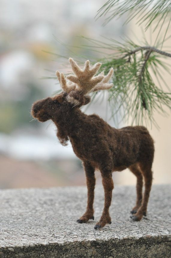 Needle Felted Animal Moose. Made to order von darialvovsky, $132.00