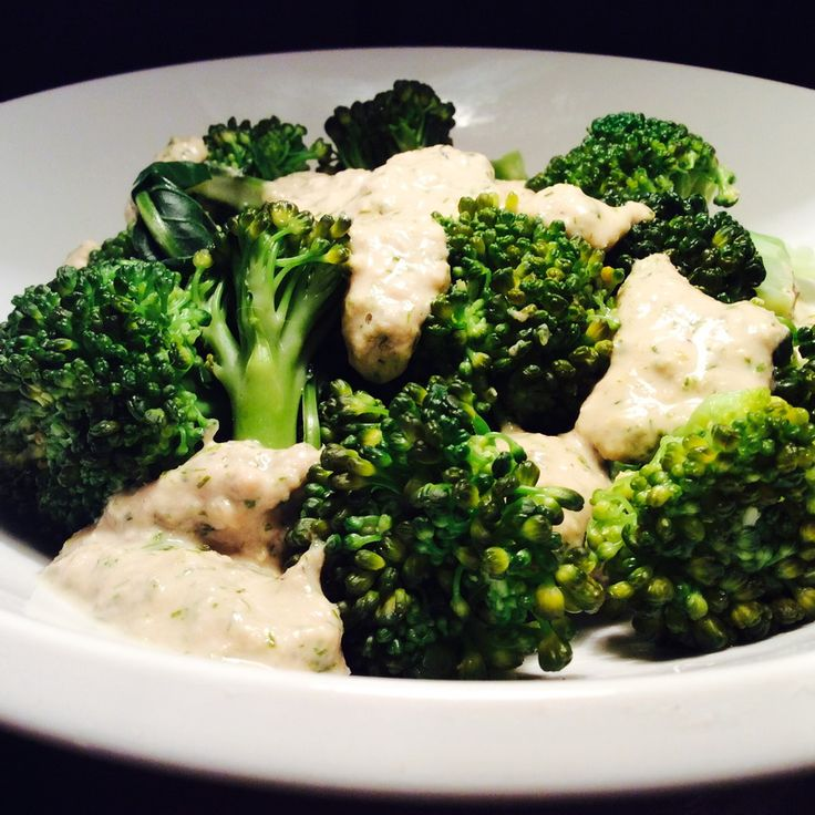 Brokoli sa prelivom od tunjevine 2-s
