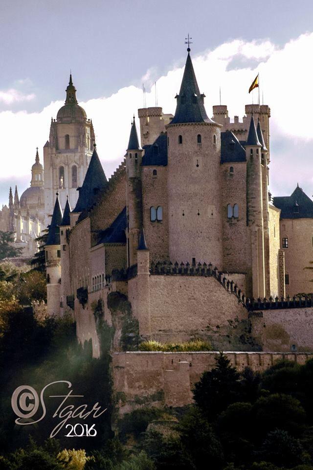 Alcázar y Catedral. Segovia