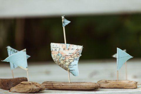 #eventyrligkogebog #thefairytalecookbook #hanschristianandersen #theelderbush #hyldemor #familybook #food #diyprojects #fairytales #creative #inspiration #sejlbåd #sailingboat Foto by Rasmus Luckmann
