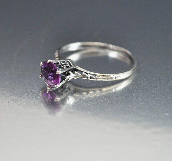 Vintage Sterling Silver Filigree Amethyst Ring
