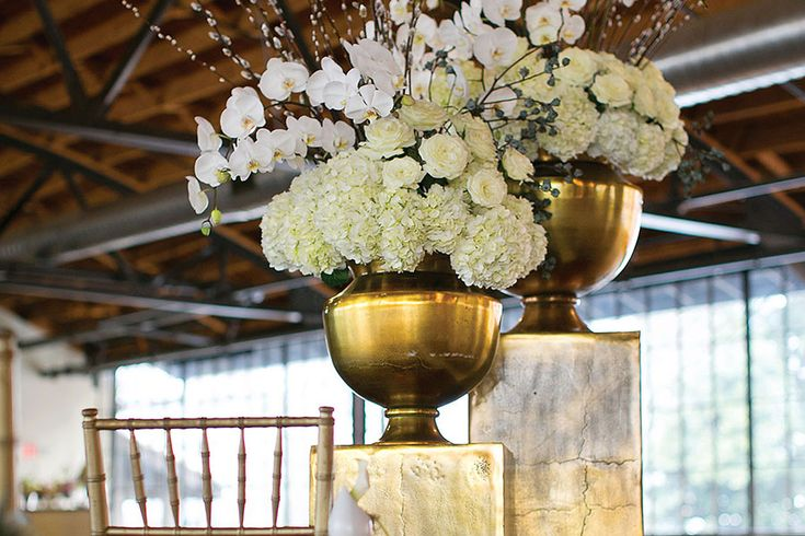 Wedding Ideas as well Vasemarket furthermore Metal Iron Stand Candle Holder Silver 8 Inch Hourglass in addition EyeCatching Wedding Centerpieces together with Metal Front Doors. on aluminum trumpet vase gold 23