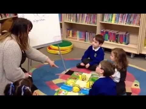 Exploring algorithms with Early Years