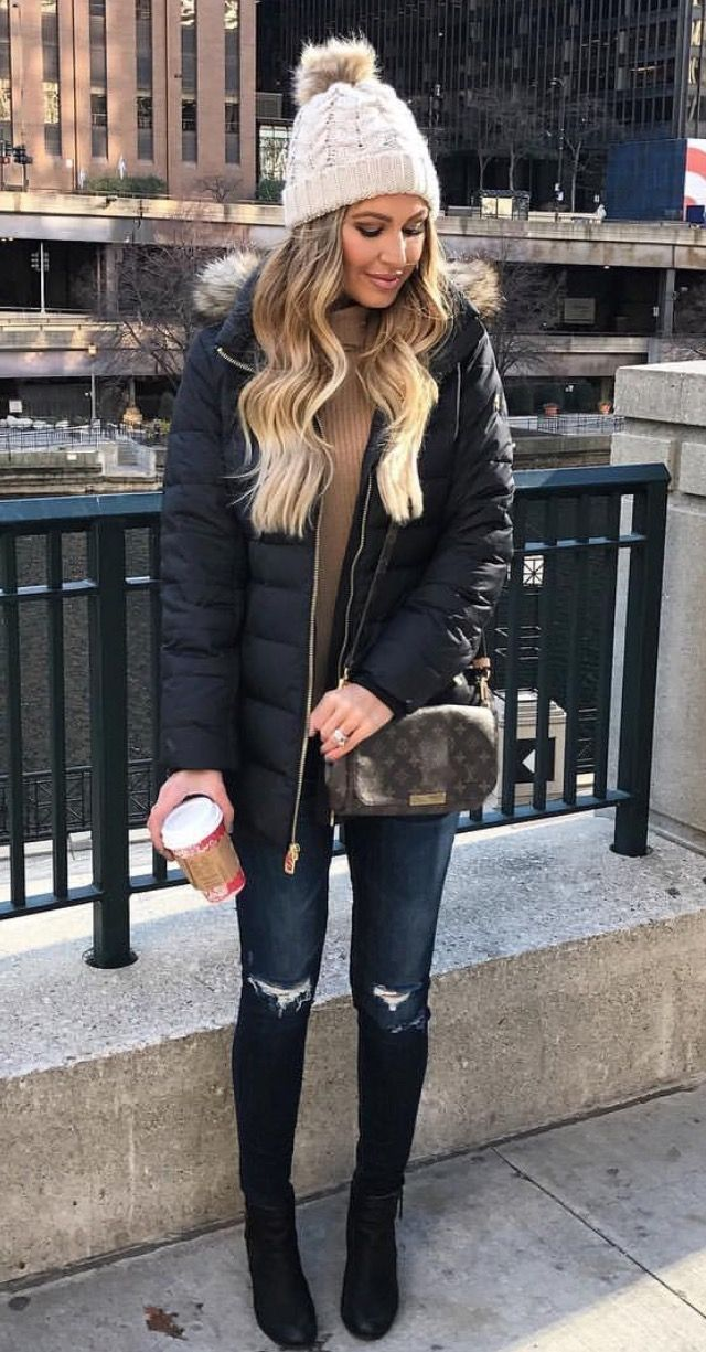 Cute outfit for winter trips - nice and warm for exploring but also looks nice.