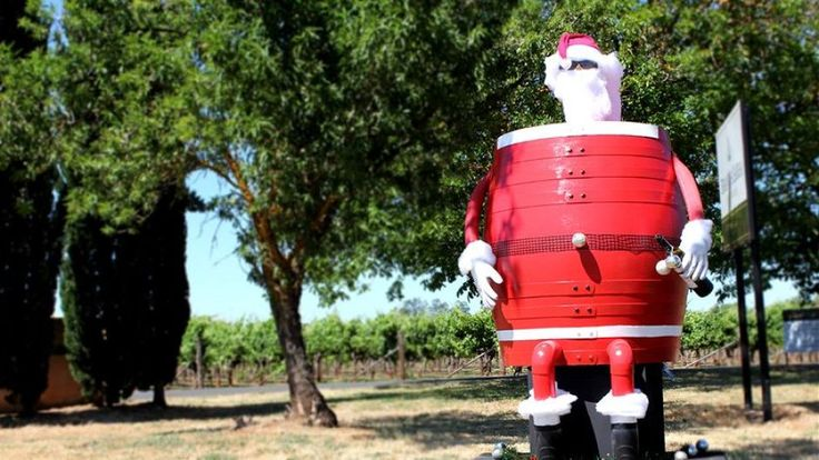 Just up the road from us in the world famous #Coonawarra Wine Region, Brands Laira winery have installed their Santa on the roadside for all to see