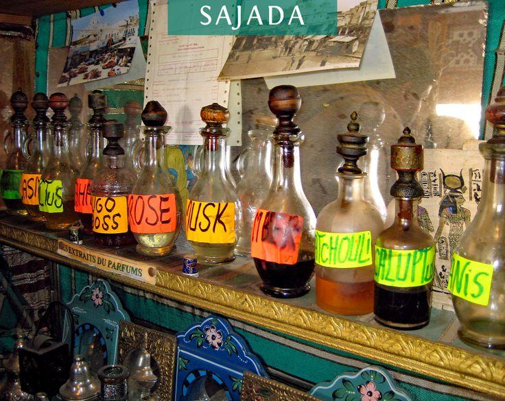 L'artisanat tunisien c'est aussi ça... Les parfums !  Méthode traditionnelle de la distillation.   #cosmetique #naturel #beaute #parfum #artisanat #tunisie #handmade #tunisia #creation #fleur #tourisme #beauty #cosmetic #rose #culture