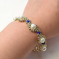 How Do You Make a Gold Flower Pearl Beads Bracelet with Acrylic Beads and 2-Hole Seed Beads