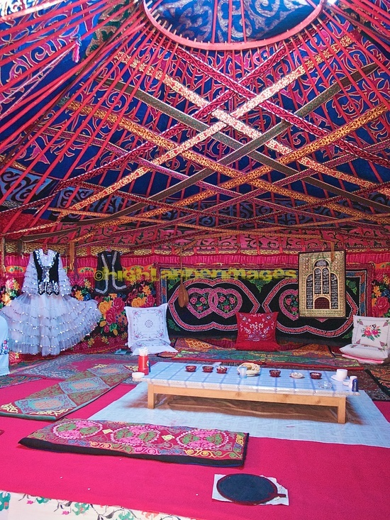Mongolian Yurt layout with beautiful colours.