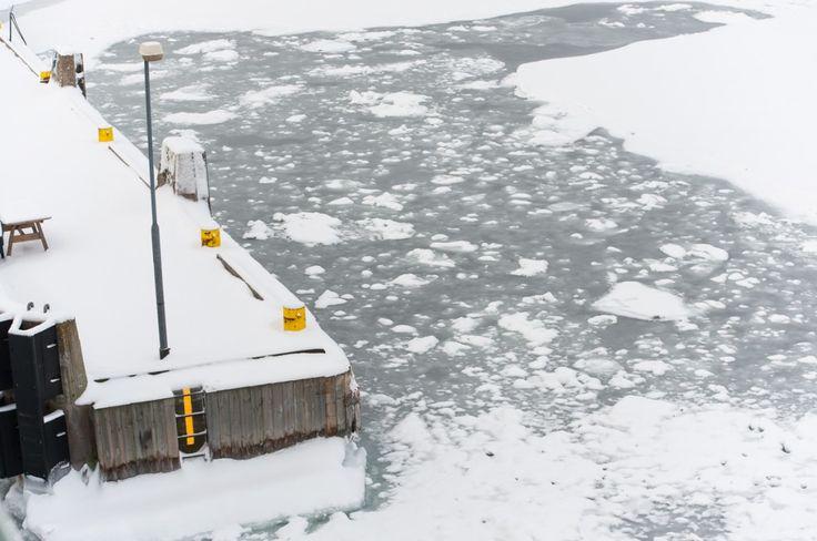 Séjour hivernal dans les îles Åland en Finlande (Detour Local) -> La vue typique à bord de la traverse dans les îles Aland www.detourlocal.com/sejour-hivernal-iles-aland-finlande/