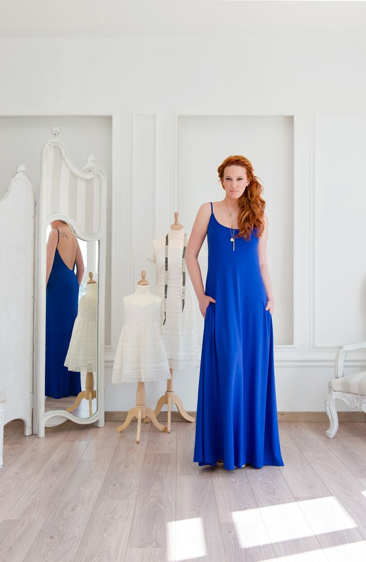 Dress with open back in royal blue. #Minisize #WomanCollection #Spring #Summer http://www.minisize-sissychristidou.gr/el/women/mple-roua-forema-boho-tsepes.html