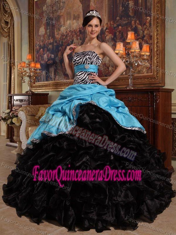 1000 Ideas About Black Quinceanera Dresses On Pinterest