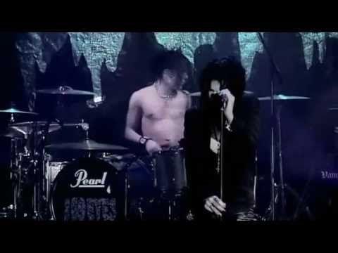 The 69 Eyes - Helsinki Vampires Live at Tavastia