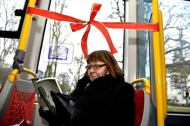 Gdansk turns trams into mobile libraries