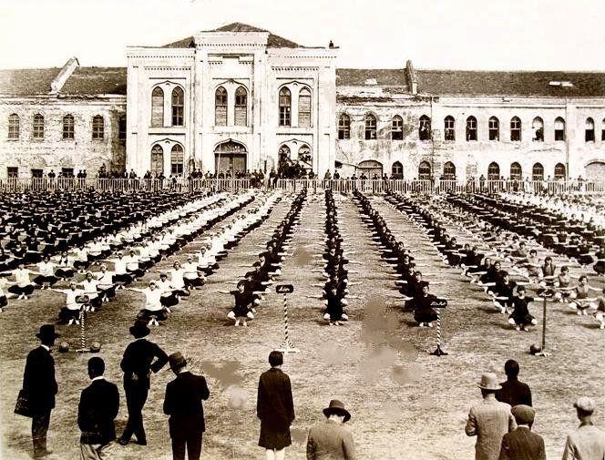 Taksim Stadı (Taksim Kışlası)