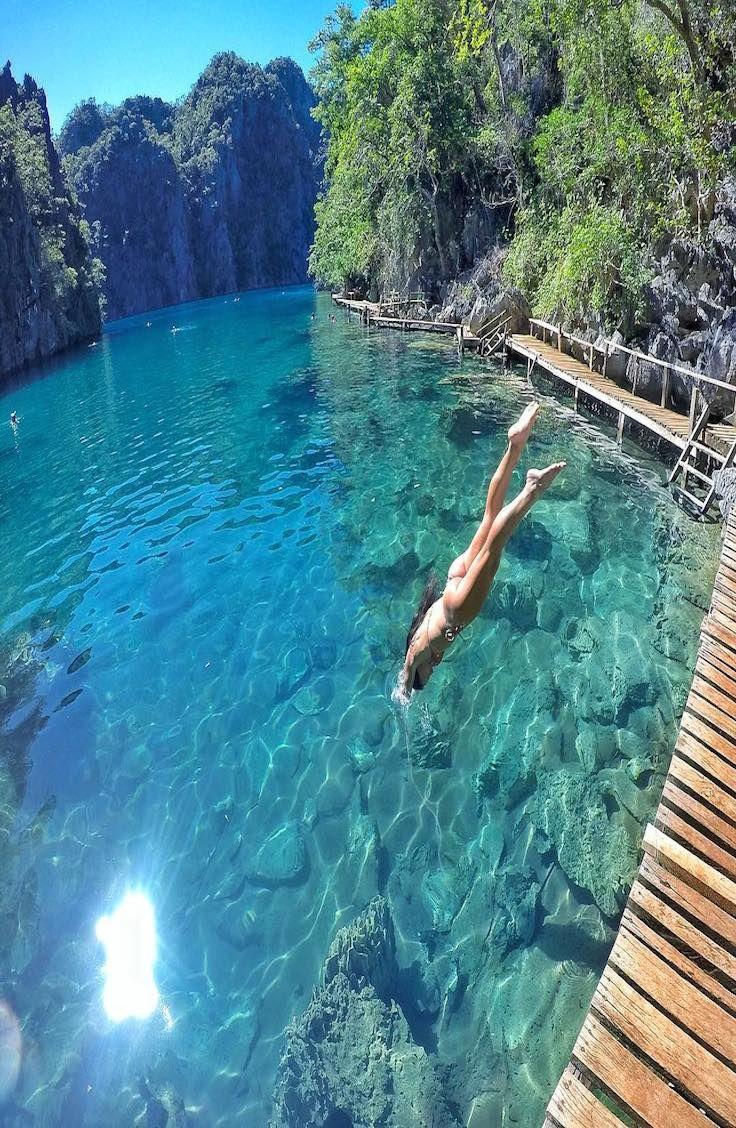 Kayangan Lake, Philippines @patymoreno8
