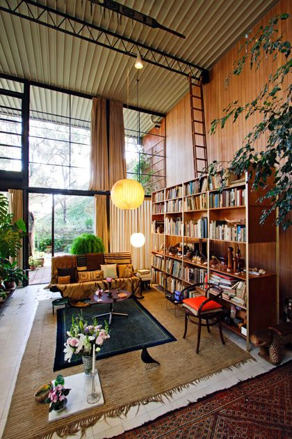 The beautiful library in the inspirational Eames house.
