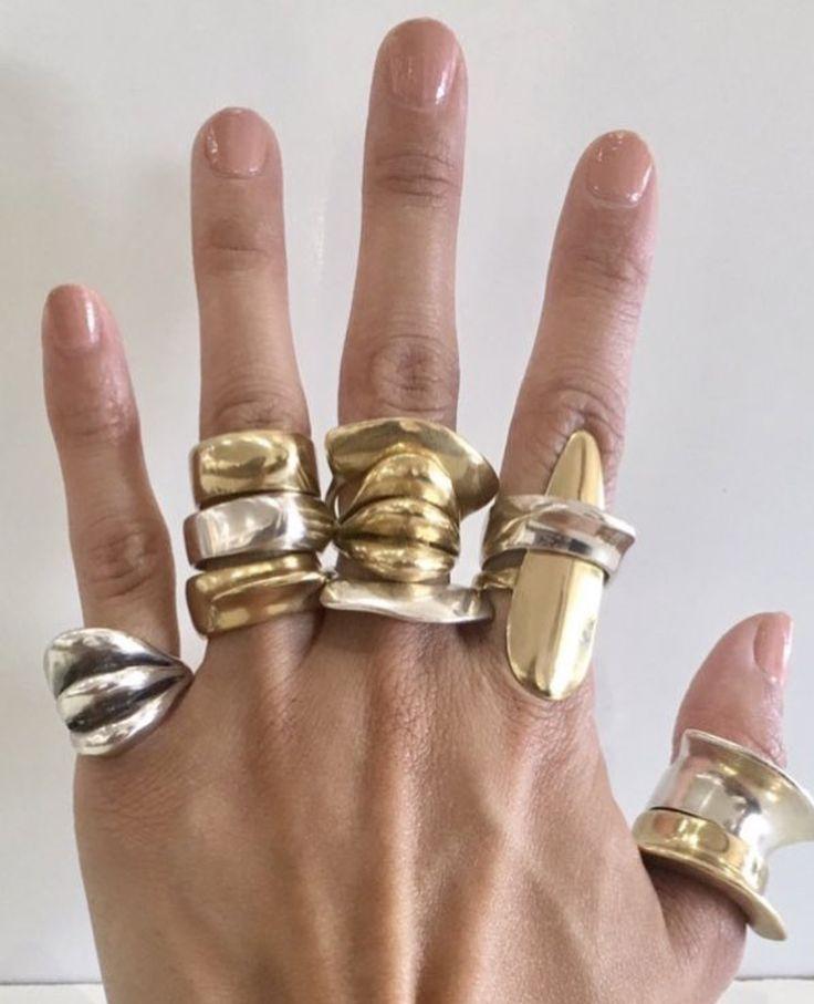 ♥️ Pinterest: DEBORAHPRAHA ♥️ gold chunky rings #jewelry