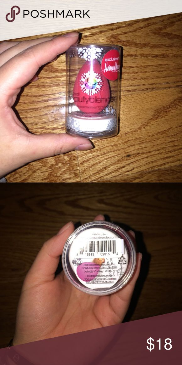 Beauty Blender Red beauty blender with solid blender cleanser. This was a Christmas edition bought for $25 + shipping and tax. New, never been opened. Make me offers! :) Beauty Blender Makeup Foundation
