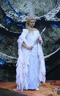 4bfb128798a266346436a5306a51ff0e--jadis-the-white-witch-turkish-delight.jpg  sc 1 st  Pinterest & 31 best Jadis the white witch of Narnia Costume images on Pinterest ...