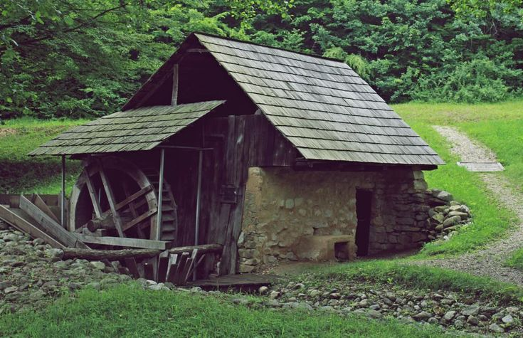 Mountain house by mircea.fotograf.az