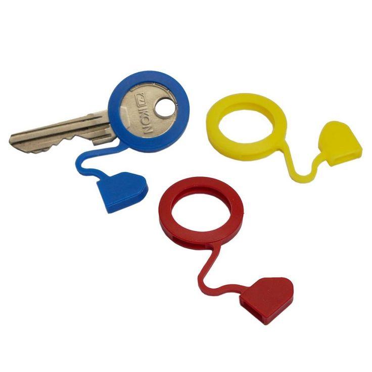"""Multifunzione anelli caratteristici """"Memo-Key ®""""  Se continuate a perdere mezz'ora ogni volta che cercate nel mazzo la chiave giusta.. è ora di comprare delle cover! Colorate, anelli sagomati in plastica flessibile, offrono il riconoscimento veloce e visibilità.  Colori Disponibile: Blu,giallo, azzurro, verde, verde chiaro,verde scuro,arancio,nero, viola, rosso e assortiti Confezione da : 50 pezzi"""